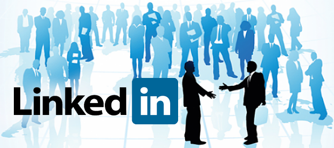 3-tips-integrate-linkedin-customer-recruitment-efforts